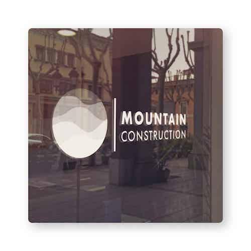 Mountain logotipo de construção